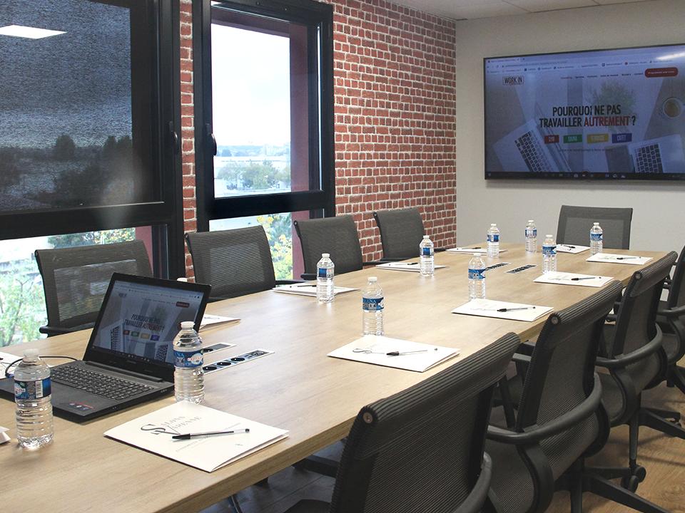 grande salle de réunion privé pour réunion et meeting - workinvarenne